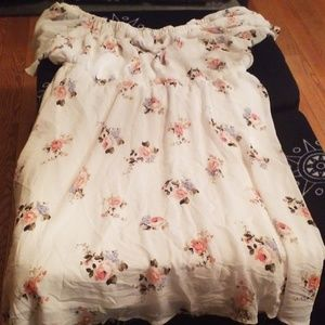 TORRID DRESS SIZE 2 FLOWERY DRESS